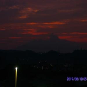 2019年08月18日、朝の桜島