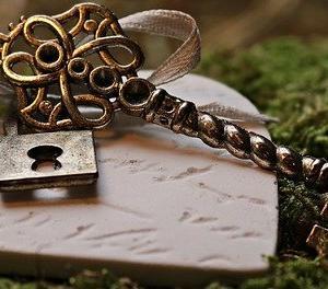 幸せの鍵を他人に渡すな!