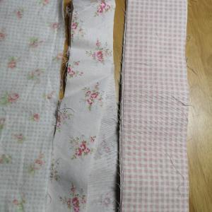 余りの布を使いきるためのポーチ作り