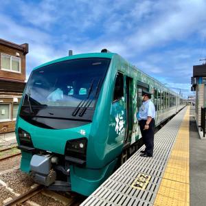 『リゾートしらかみ』で五能線の車窓を満喫。/東北ぐるっと鉄道旅行-6
