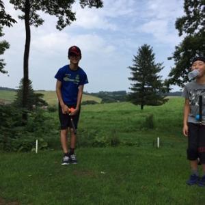 牧草地でパークゴルフ♪