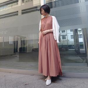 【小柄アラフォーコーデ】白×ベージュのワンピースコーデ