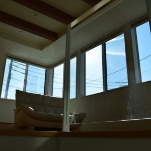窓の多い家のメリットデメリット