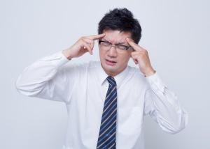 頭がずっと痛いのは、自律神経の乱れが原因かもしれない。
