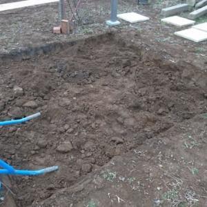 庭に敷石を敷く 2020.2.11