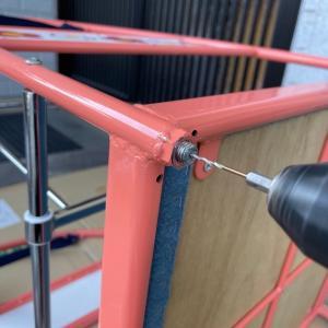 ボルト折れからのキャスター交換修理。