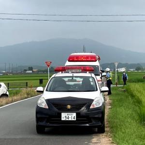 スーパーカブ110 いつもの通勤コースで 車どうしの衝突事故(*´ω`*)