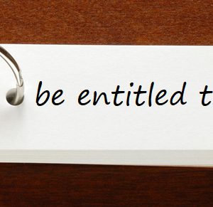be entitled to (~の資格/権利がある) の例文