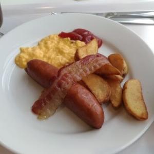 IKEAで朝ごはん