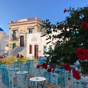 本日20時!可愛すぎるギリシャの島よりライブ中継!