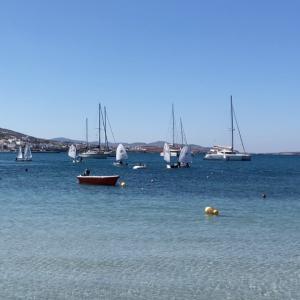 ギリシャのエーゲ海の島に親子ホームステイ留学!