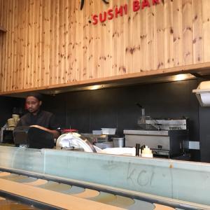 やはり日本人は寿司ですね!ギリシャ・アテネで寿司めぐり。