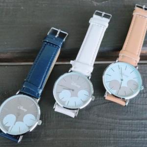 ダイソー×ディズニーの腕時計はシンプルで合わせやすい上にミッキー見えると気分が上がる↑