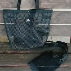 ダイソーのメッシュバッグは、同じくダイソーのTeva風スポサンと合わせたい!