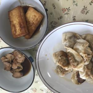 珉珉餃子と焼き鳥と厚揚げ