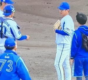 【今日の気になるベイ】山崎康晃さん、打球が当たり途中交代【悲報】
