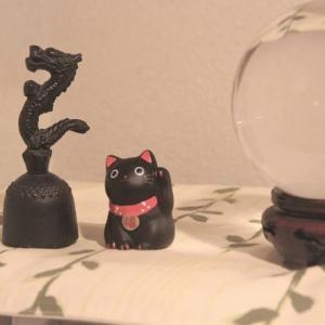 笠森観音の黒猫の置物は願いを叶えてくれると