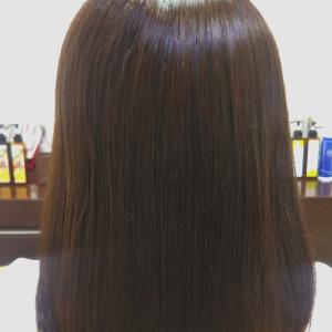 自然なツヤと柔らかさの髪質改善カラー