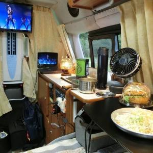 車中泊の朝食はジェットボイルでカップヌードルリフィル