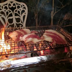 自宅キャンプで炭火焼きBBQを愉しむ!広島名物コウネ等