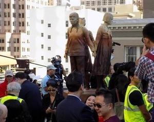 サンフランシスコに慰安婦像、米大都市で初 除幕式に中国総領事出席