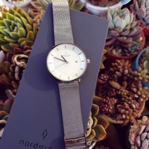Nordgreenさんの腕時計と多肉のコラボ❤