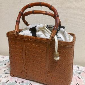 飴色の竹籠バッグ