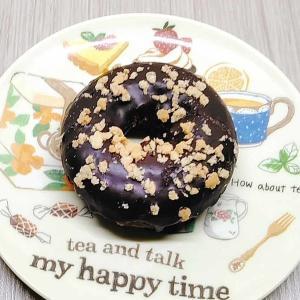 ざっくり食感!?セブンカフェ「濃厚チョコドーナツ」の口コミとカロリーです♪