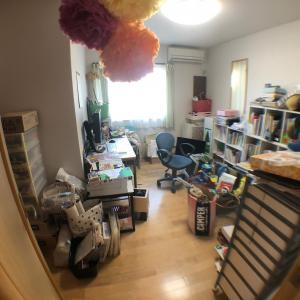 部屋割りを決めて、個人の物だけにするのが大事です!
