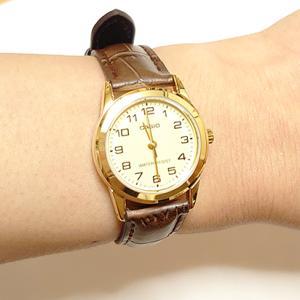 結局カシオの一般的な腕時計を購入しました