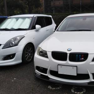 BMW 雨をかいぐぐって洗車ww
