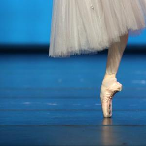 ローザンヌ国際バレエコンクールもオンライン開催らしい