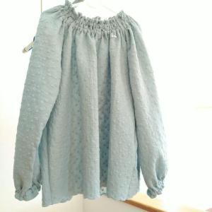 【子供服】hibi+さんのギャザースモックをHARUさんのWガーゼ刺繍レース でつくりました