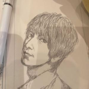 デッサン(模写かな?)は鉛筆でないと難しい