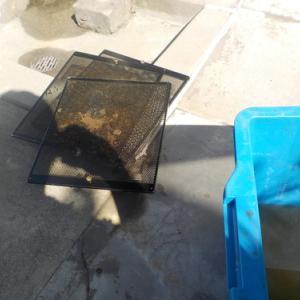 炎天下での作業(鹿児島市の換気扇クリーニング)