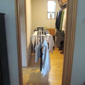 雨の日の洗濯物と、ウォークインクローゼットの活用方法