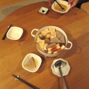 休日ラーメンと、コタツで食べる 夕ごはん