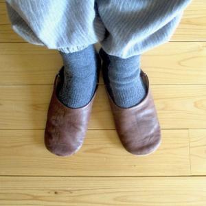 ラムウールのあったか靴下と、夜の ホットカレー