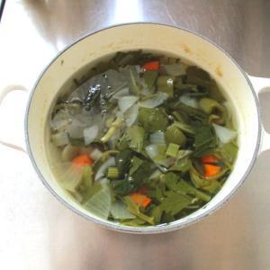 免疫力を高めるための、簡単な 野菜スープ