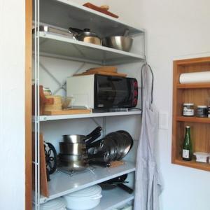 夏休みの片付け・・キッチンのオープンシェルフを、すっきり見やすい収納に