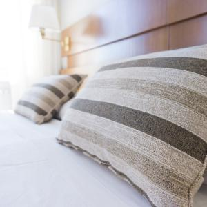 眠れない人は「枕」が原因かも?快眠できるおすすめ枕19選!