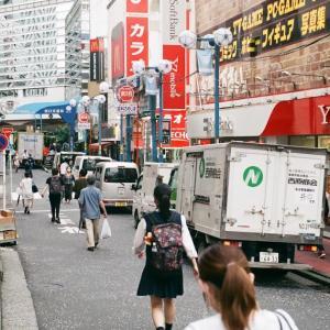 Rollei 35で歩く横浜駅前