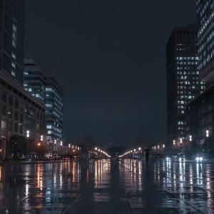 雨の東京駅を富士 X-E2で撮る