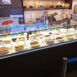 函館 「キングベーク」のコッペパンは惣菜系からデザートまで