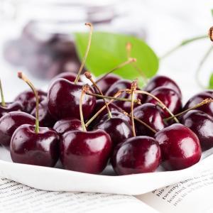 ブラックチェリーから油が!皮ごと食べる果物に要注意