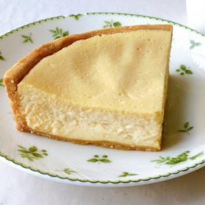 なめらかベイクドチーズケーキ【Quiche & Sweets fuWAri】