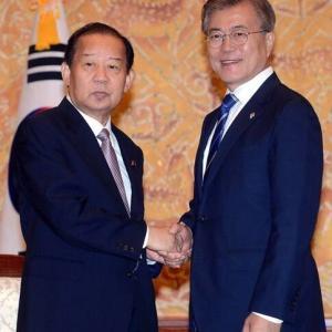 【韓国でなく中国だが】韓国と特別な縁と友好を強調した二階幹事長…菅首相の横で韓国チャネルの可能性 「親韓派」という理由で右翼は攻撃