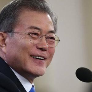 文大統領、「韓国戦争英雄」遺骨返還式でハワイへ → 尚、バイデン政権からの参加者は0