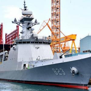 韓国海軍 新型フリゲート「テジョン」進水 艦名は朝鮮半島の交通の要所に由来