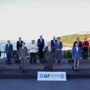 【韓国報道】「韓国の地位が最上レベルに」G7団体写真の立ち位置で「政府が勘違い」…文大統領が「最前列の理由」は?